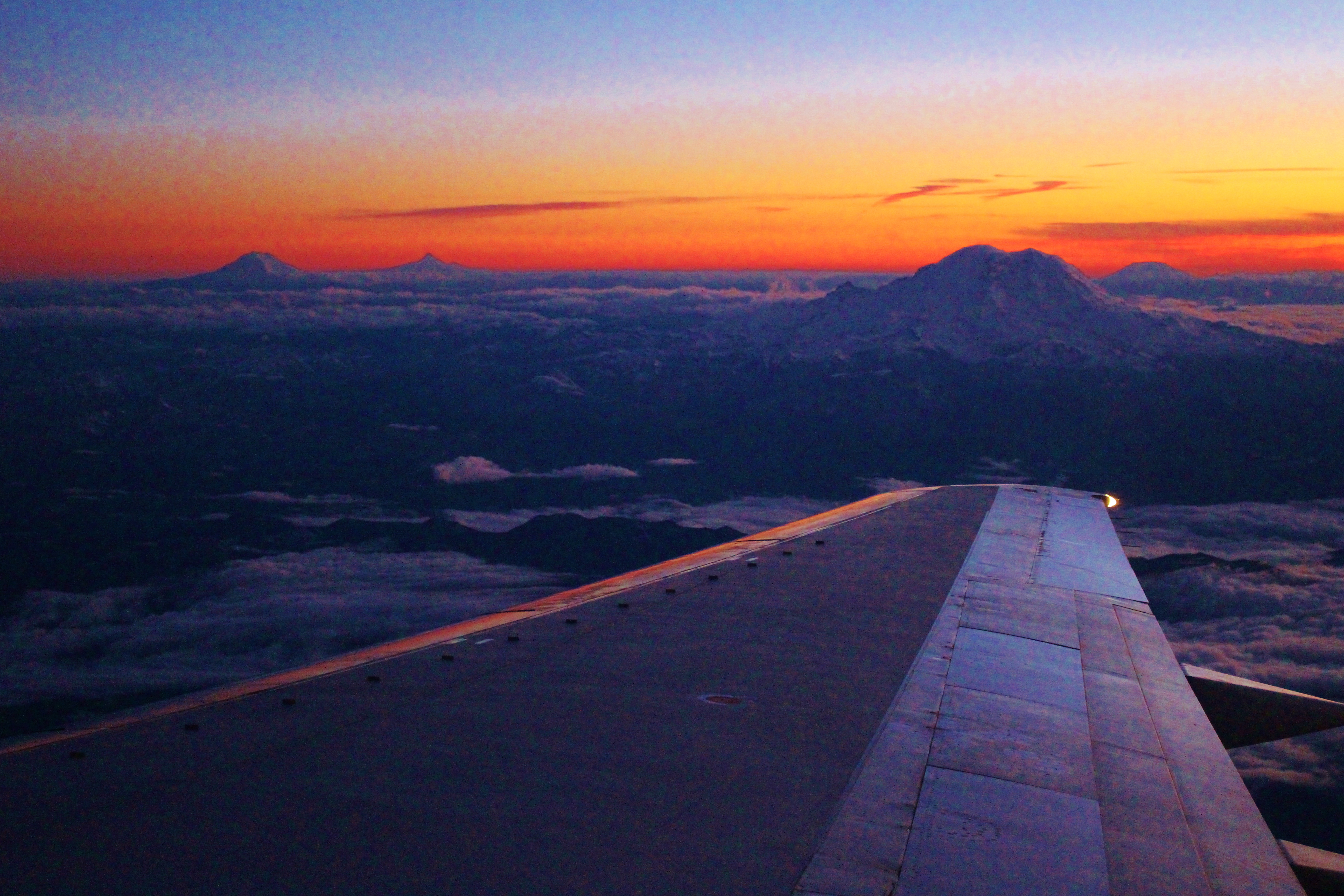seattle layover sunset takeoff